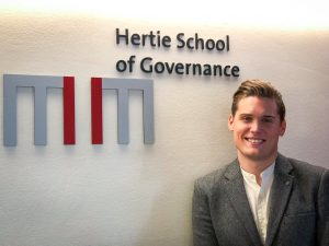 Nick Lloyd-Kuzik - Hertie School of Governance